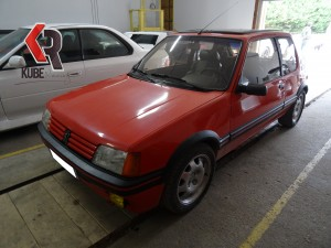205 gti rouge kube racing